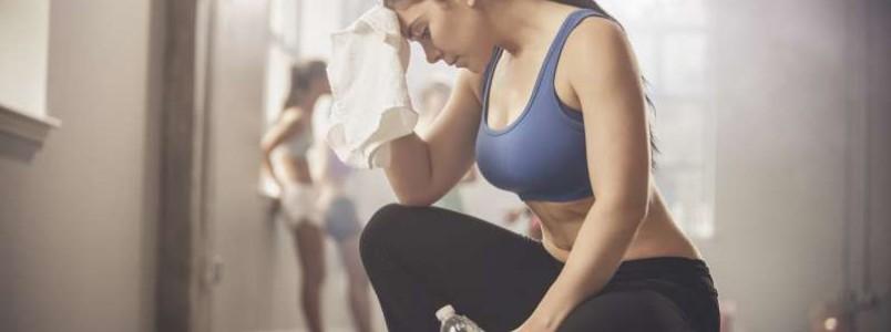 O tamanho dos seios interfere na vontade de se exercitar; saiba como lidar