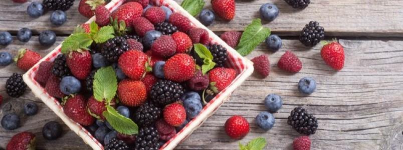Aposte nas frutas vermelhas para emagrecer, cuidar da pele e ter mais saúde
