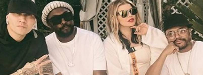 Fergie posta foto com Black Eyed Peas e fala sobre retorno