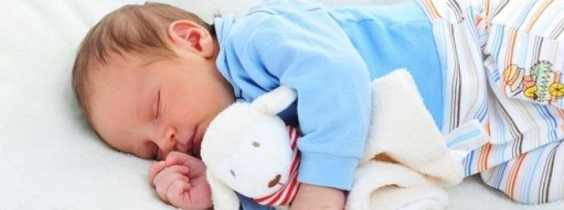 7 dicas para fazer o bebê dormir a noite inteira