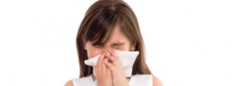 Muitos pais usam estratégias controversas para evitar resfriado nos filhos