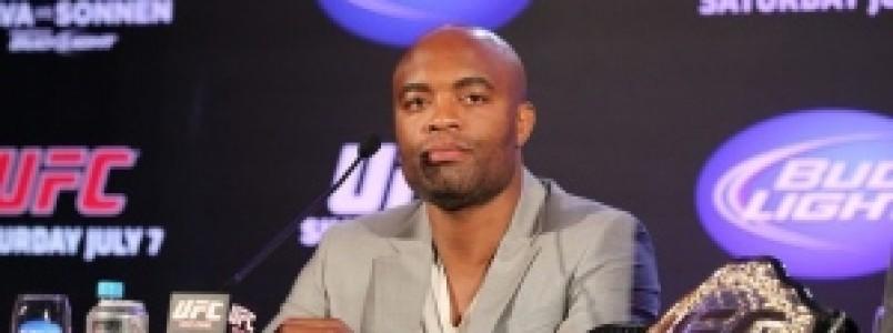Anderson Silva confirma que não lutará no UFC Rio 8