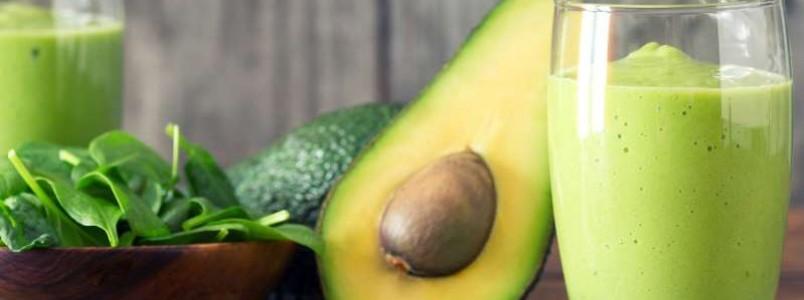 Estudo liga abacate com prevenção do câncer bucal