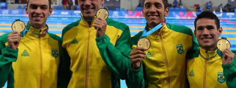 Brasil fecha penúltimo dia da natação com 3 ouros e recorde