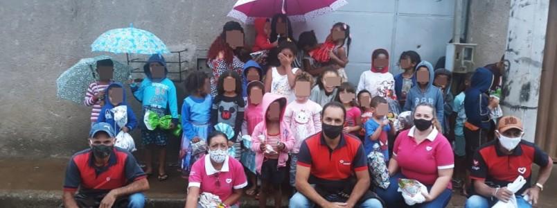 UNP distribui presentes para crianças em todo o Brasil