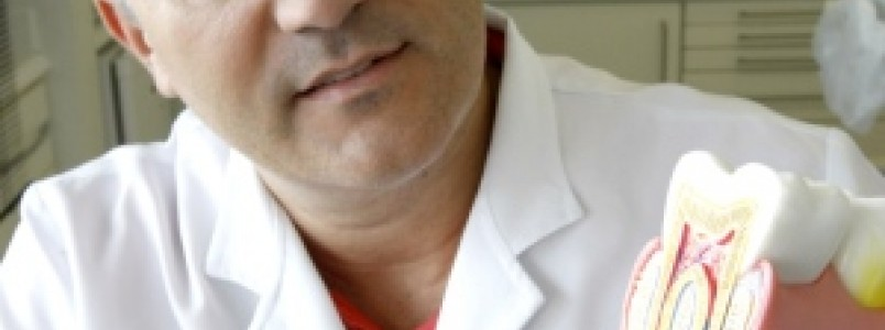 Doença periodontal afeta saúde da boca e coloca os dentes em risco