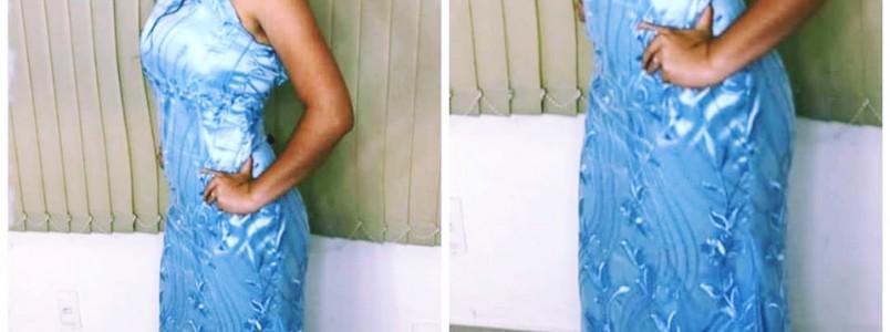 Mulheres inteligentes utilizam tecidos de qualidade