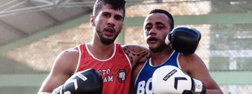 Atleta de Monlevade participa do maior evento de boxe de Minas e volta pra casa com título