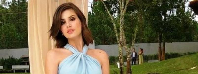 Monocromia: Vote nos looks mais estilosos da Camila Queiroz