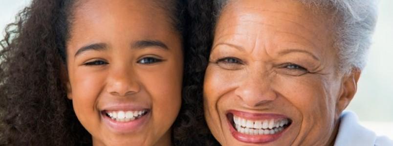 Nove passos para manter dentes saudáveis até a velhice