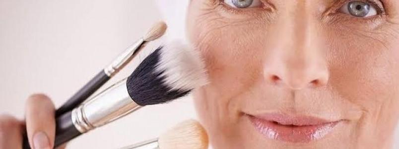 Base para pele madura – Tipos, efeitos, como escolher e recomendações