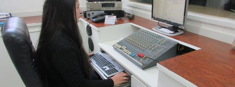 Rádio Caraça: Sintonize curta esta som