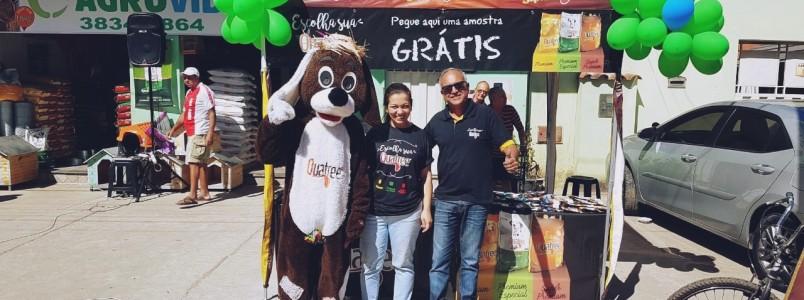 AgroVida recebe amigos e clientes nesta manhã de sábado, em seu mês de aniversário