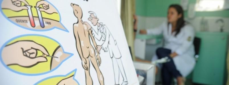 Centros de saúde recebem ações de conscientização sobre a hanseníase