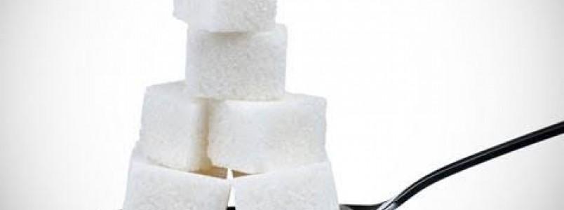 Pais precisam controlar o consumo de açúcar das crianças