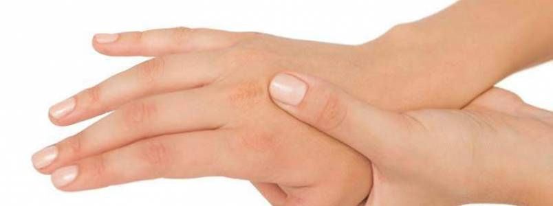 5 coisas que o formigamento nas mãos pode revelar sobre sua saúde