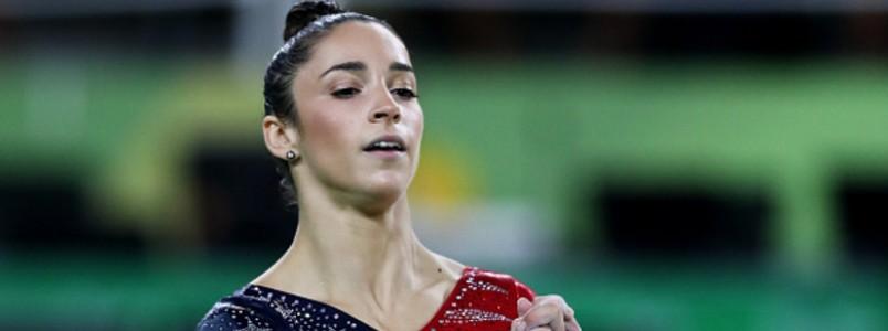 """Depois de levar """"secada"""" de agente em aeroporto, campeã olímpica desabafa: """"Está de brincadeira comigo? É 2017"""""""