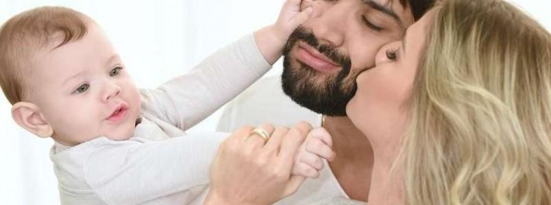 Gusttavo Lima se declara para Andressa Suita após nascimento de Samuel