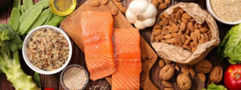 Dieta anti-inflamatória ajuda a viver mais e melhor, aponta estudo