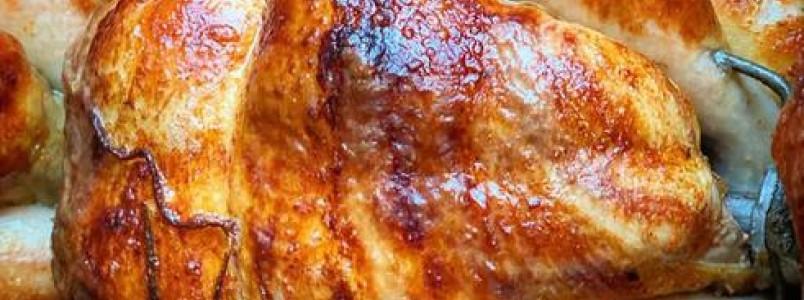 Todos os domingos tem frango assado na Agroaves do Caminho Novo